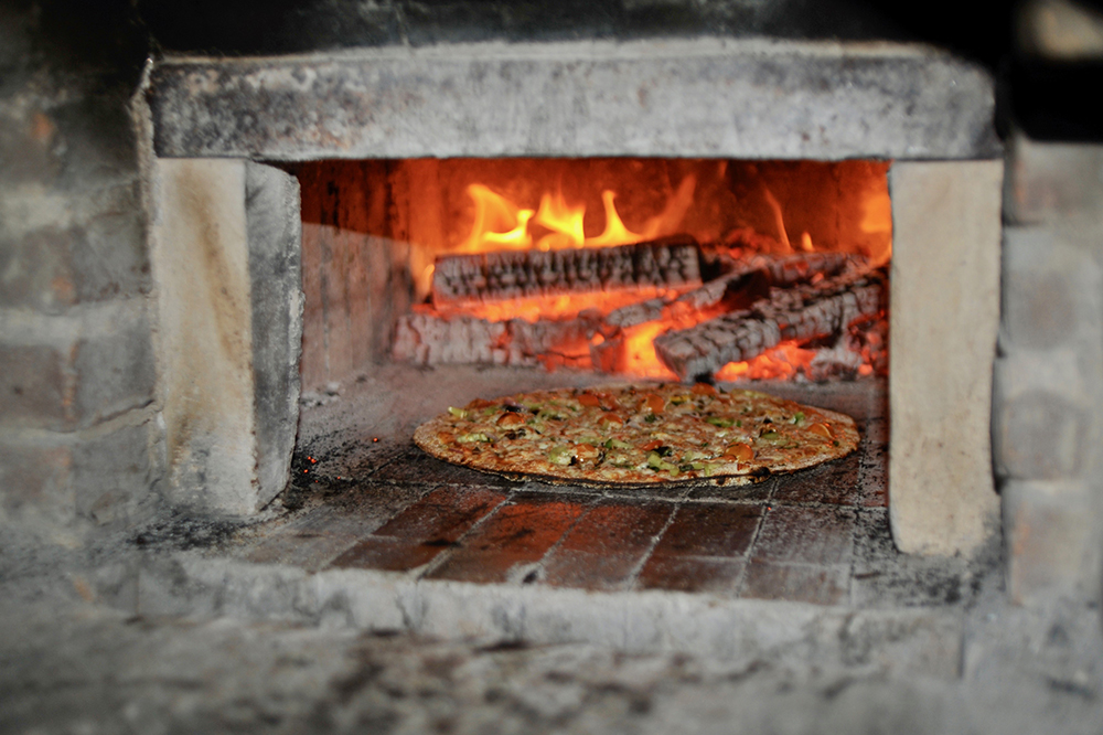 Pizza night at Stoney Acres Farm in Athens /photo by John D. Ivanko Photography