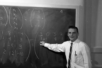 Eino Maki teaches a class at UW-Stout in 1963. He was director of the applied mathematics and computer science program at UW-Stout for 25 years and will be honored Sept. 30 on the program's 50th anniversary.