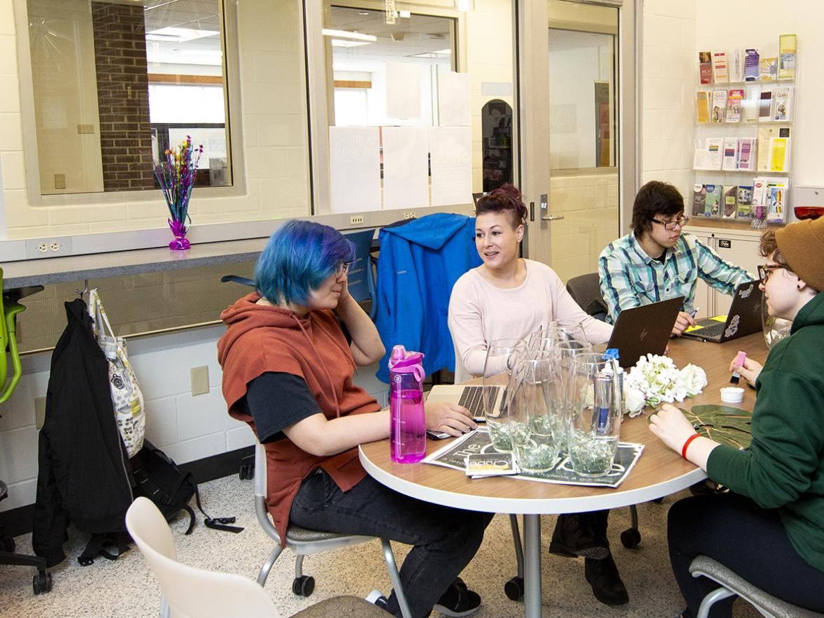 Students meet in the Qube which has expanded in Merle M. Price Commons. / UW-Stout photos by Chris Cooper