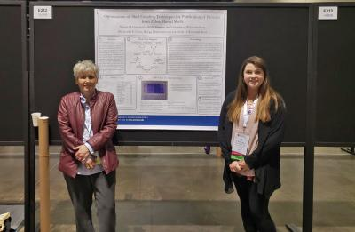 Dr. Jennifer Grant and Maggie Freiermuth at the Experimental Biology 2019 poster competition.